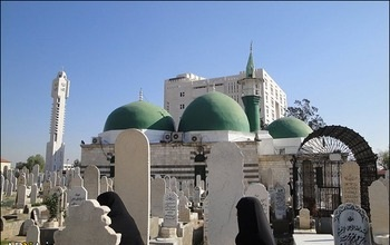 امام حسین (ع): خانهای که سکینه (س) و مادرش در آن باشند را دوست دارم
