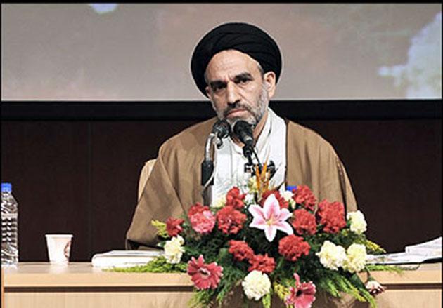 حسینی: برخی آثار عاشورایی با تقلید و بدون محتوای نو تالیف میشود
