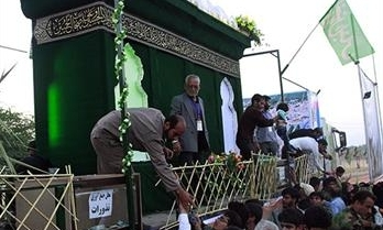 بازدید از مراحل ساخت ضریح خیمه گاه حضرت عباس علیهالسلام