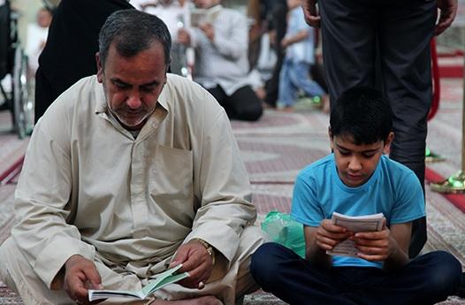 دعاخوانی کودکان در حرم امام حسین علیهالسلام /گالری تصاویر