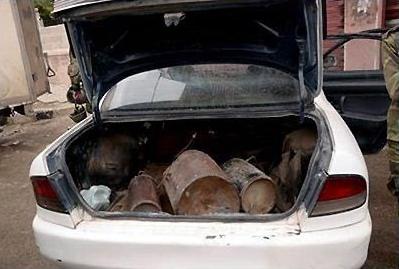 کشف 4 خودروی بمب گذاری شده در غرب کربلا