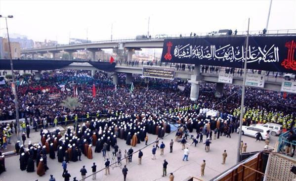 مراسم عزاداری شهادت حضرت فاطمه زهرا (س) با حضور علما و مردم نجف برگزار شد