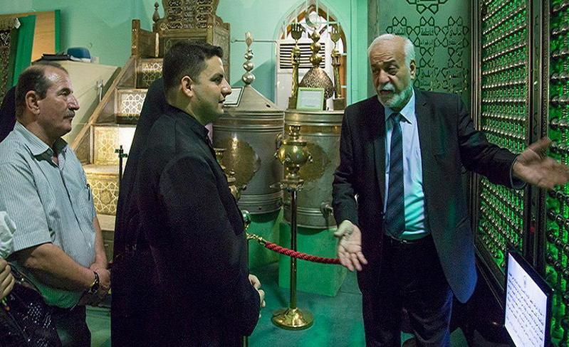 مسیحیان بغداد حرم امام حسین (ع) را زیارت کردند + تصاویر