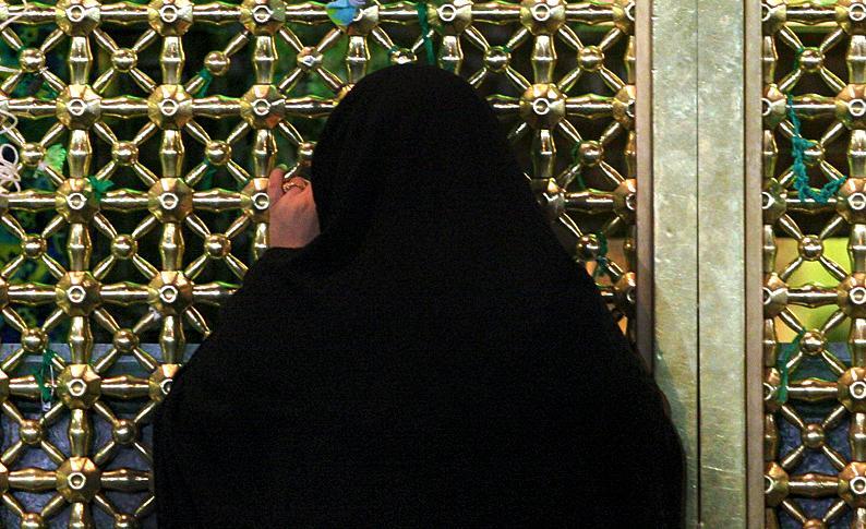 بانوی هنرشناس انگلیسی به دین اسلام مشرف شد