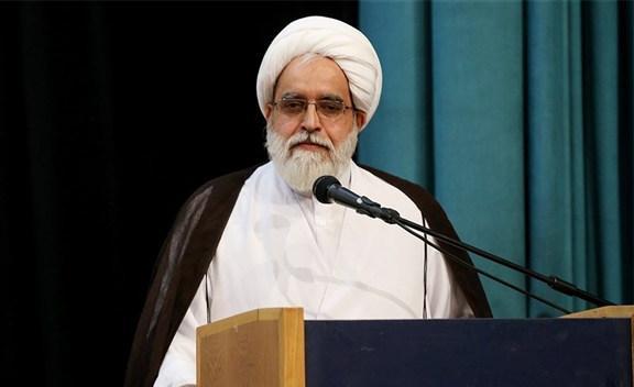 معزالدینی: امام حسین (ع) کسی را وادار نکرد که انقلابی بماند/ اجبار در مشی ائمه نیست