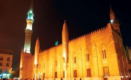 مسجد امام حسین (ع) در قاهره روزهای تاسوعا و عاشورا بسته میشود!