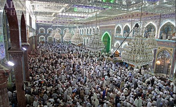 برگزاری دعای عرفه در حرم امام حسین (ع) و حضرت عباس (ع)