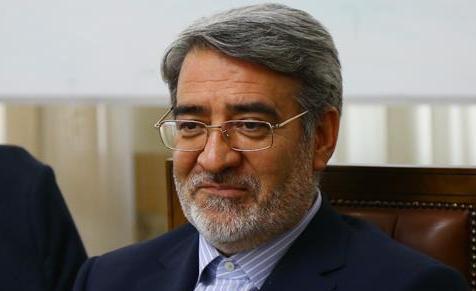 رحمانی فضلی: علت عدم لغو ویزای اربعین شرایط امنیتی در عراق است