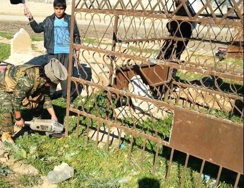 تخریب قبور قبرستانی در کرکوک