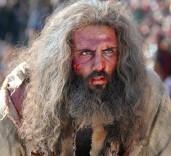 پرونده: آیا اینکه در فیلم رستاخیز، مسلم بن عقیل را به سیاه چال و زندان انداخته بودند، صحیح است؟