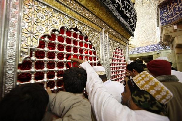 تکمیل کاروانهای اعزام به عتبات عالیات در ایام تاسوعا و عاشورای حسینی