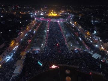 گزارش تصویری از عزاداری شب عاشورای حسینی درکربلا
