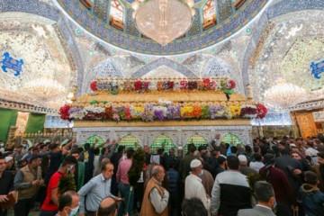 حضور زائران در حرم مطهر علوی به مناسبت عید مبعث / گزارش تصویری