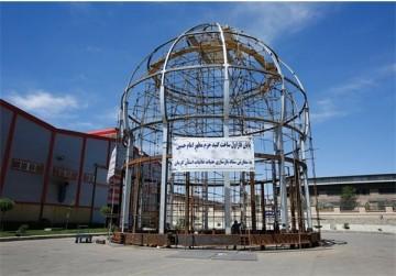 نصب گنبد جدید حرم امام حسین (ع) بر روی گنبد فعلی