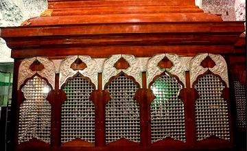 اعجاز هنری در پایتخت حسینی