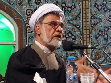ظلم ساختاری در حکومتها منجر به فساد میشود/ امام حسین (ع) در مقابل ظلم ساختاری حکومت یزید ایستاد