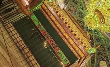 نصب نردههای حائل اطراف ضریح حضرت رقیه (س)