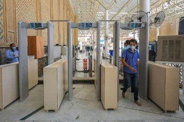 نصب گیتهای بازرسی هوشمند در ورودیهای حرم مطهر امام علی (ع)