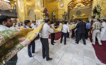 فرش نفیس 28 متری، هدیه یک ایرانی به حرم حضرت عباس (ع)