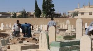 داعش تخریب قبور قبرستانهای تدمر را آغاز کرد + تصاویر