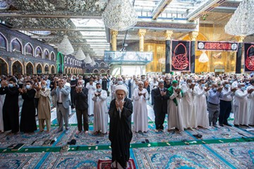 اقامه مجدد نماز جماعت در حرمین کربلای معلی / عکس