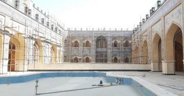 عملیات تکمیل صحن حضرت زهرا (س) از سرگرفته شد