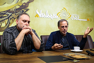 میزگرد «تاثیر واقعه عاشورا در شعر و ادبیات ایران»: دستگاههای فرهنگی برای تبلیغ آیینها نباید به قالبهای عوام پسند روی بیاورند