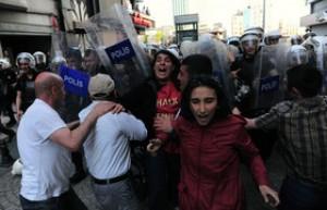 بازداشت نزدیک به 400 تن در ترکیه بر سر اعتراضات کوبانی