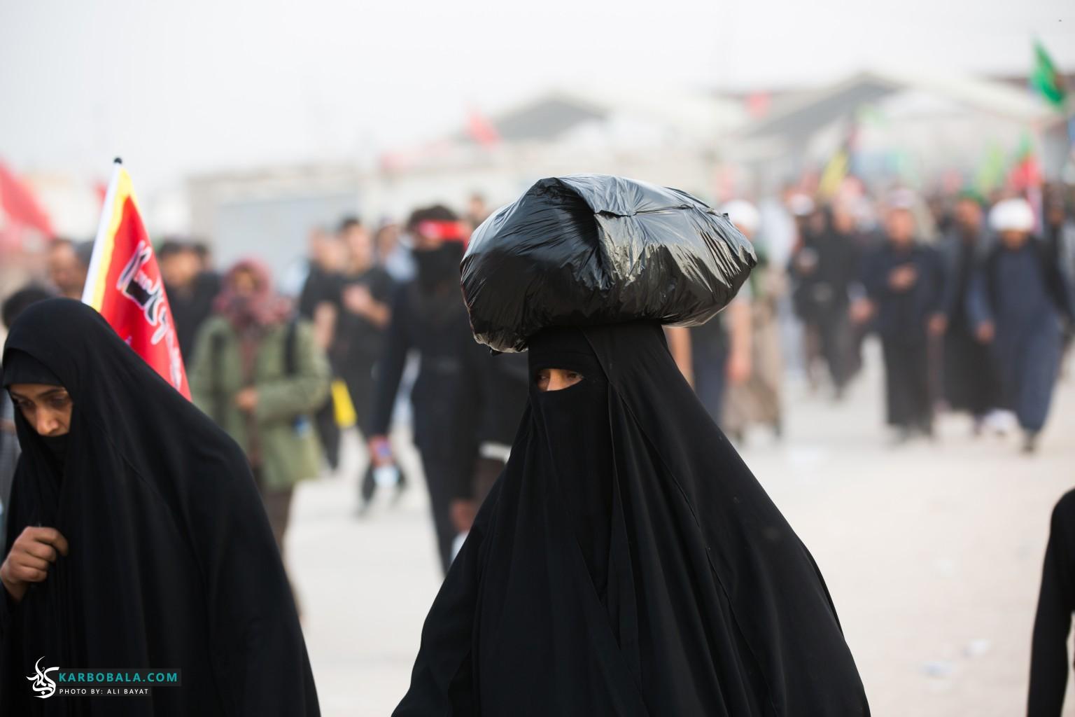 بانوان حسینی در مسیر زیارت اربعین