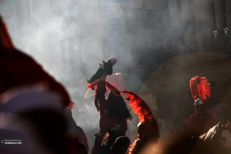 تعزیه خوانی در صحن مطهر امام حسین