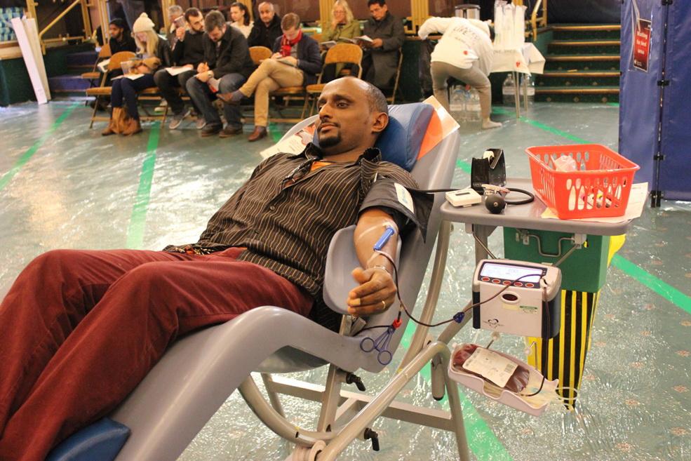کمپین اهدای خون به نام امام حسین(ع) در شهرهای انگلیس